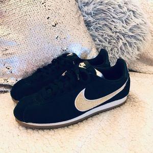Nike Classic Cortez; Black Suede/Cream Sherpa Logo